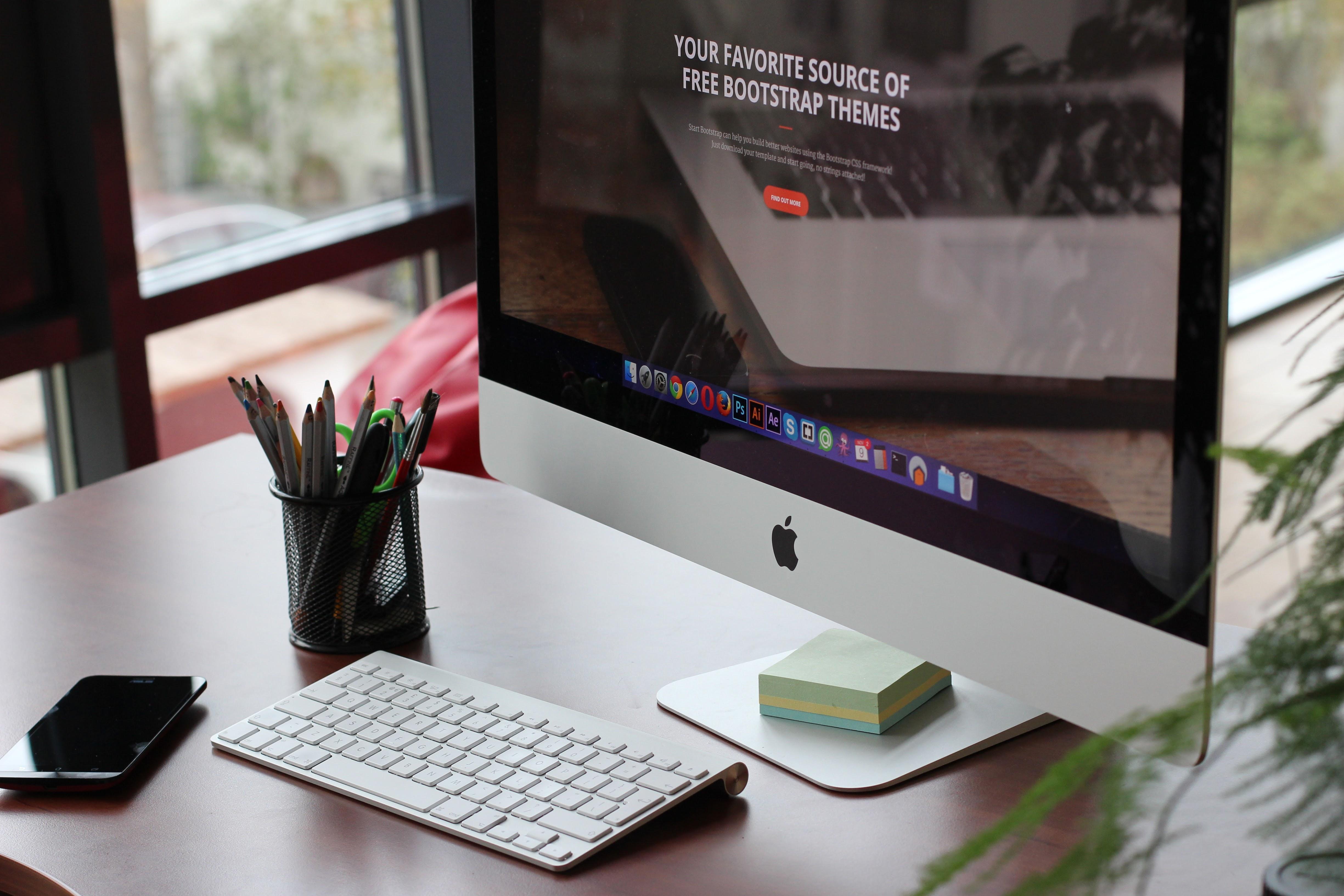 Free photo of apple computer desk display imac - stockkite.